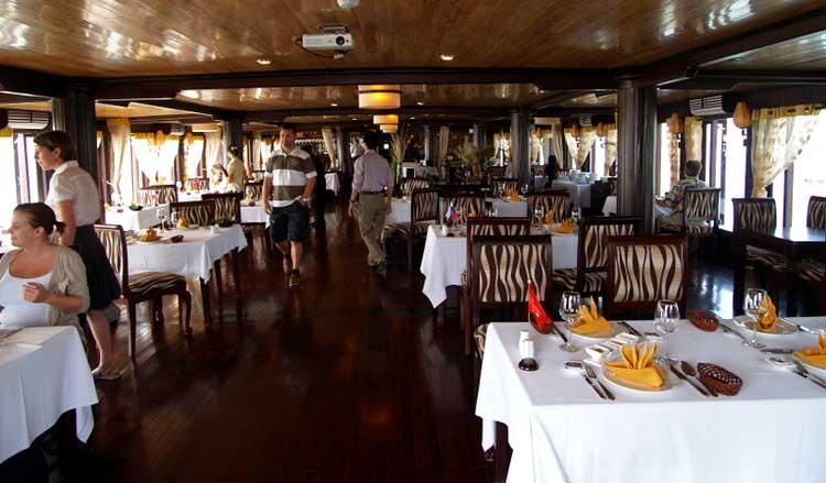 restaurante halong bay cruise