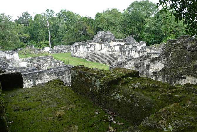 ruínas maias tikal guatemala
