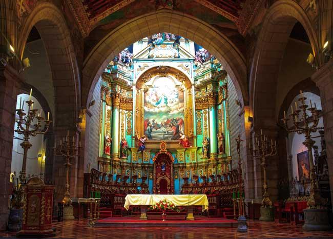 altar da catedral de quito equador