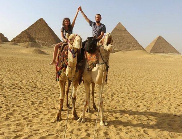 foto de casal no camelo