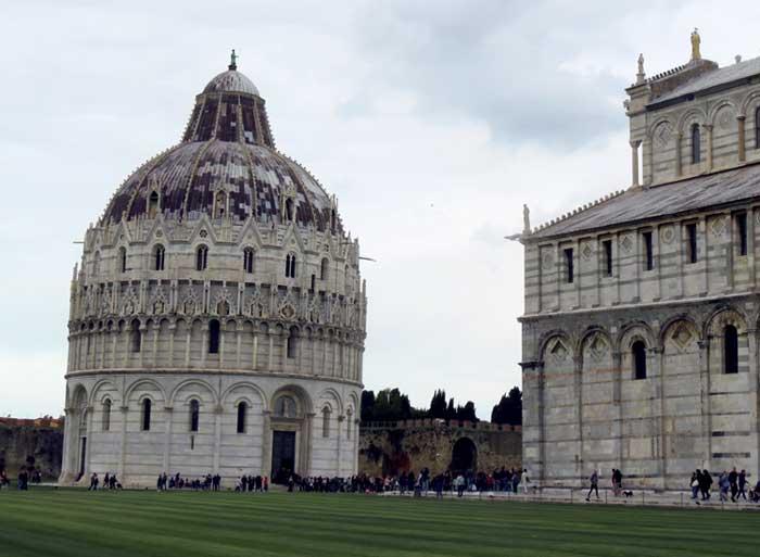 Batistério e catedral em pisa