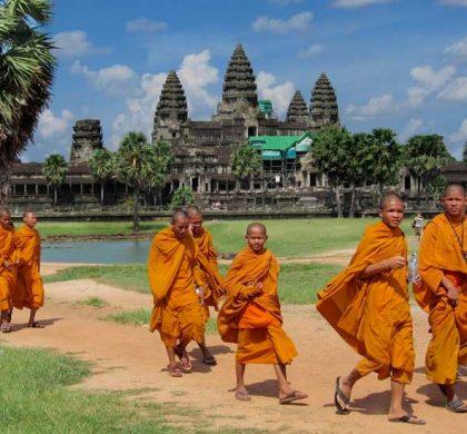 Monges em Angkor - Foto: Stephanie Rowe (CC BY-NC 2.0)