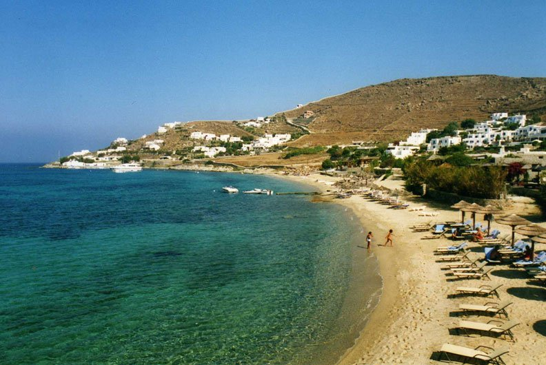 praias bonitas e baratas grécia