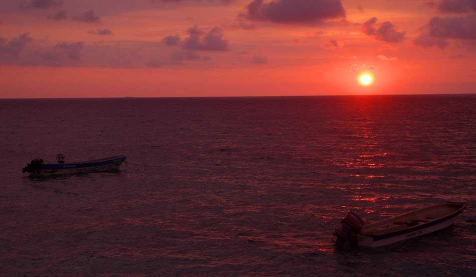 Vale a pena dormir na Playa Blanca de Cartagena?
