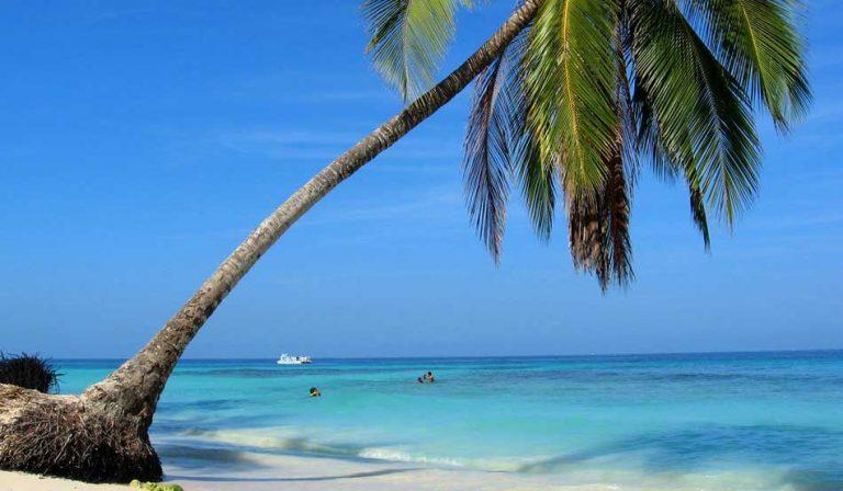 Playa Blanca: como ir, quanto custa e o que fazer na praia mais famosa de Cartagena