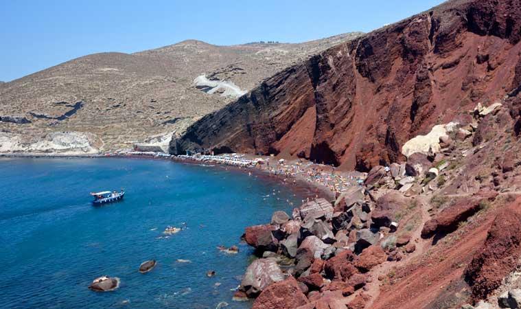 red berach praia vermelha santorini grecia