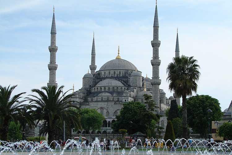 Mesquita azul vista de fota