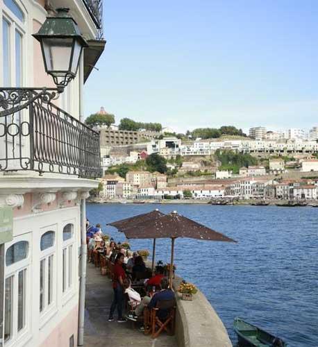 hotel com vista varanda rio douro portugal