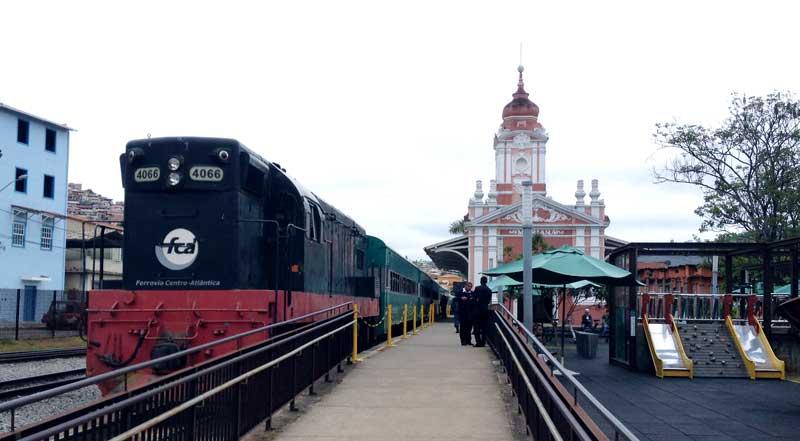 Estação Ferroviária mariana maria fumaça