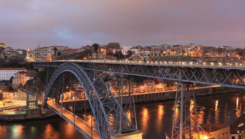 ponte d luis porto portugal