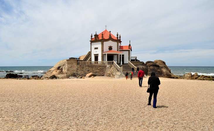praia capela senhor da penha gaia porto