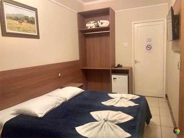 hotel em poços de caldas barato