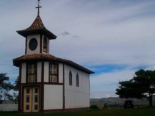 Capela do Rosário em Milho Verde